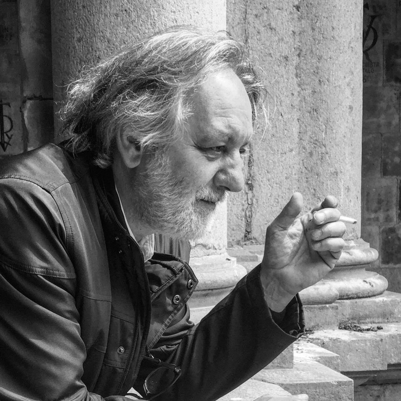 Presentación músico-poética Galería de Estrafalarios @ casa de los Mora